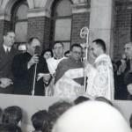 Toma de posesión de Mons. Agustín Herrera, 1° obispo de la diócesis (2 de julio de 1957)