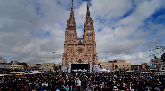 misa con Moyano de Luján