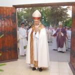 El obispo abrió la Puerta de la Misericordia