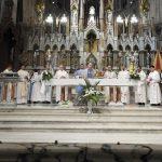 Un millar de fieles peregrinaron el domingo hacia Luján